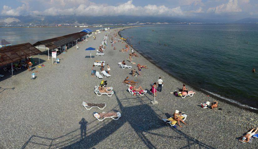 На каждого новороссийца приходится 7 см пляжей Черного моря