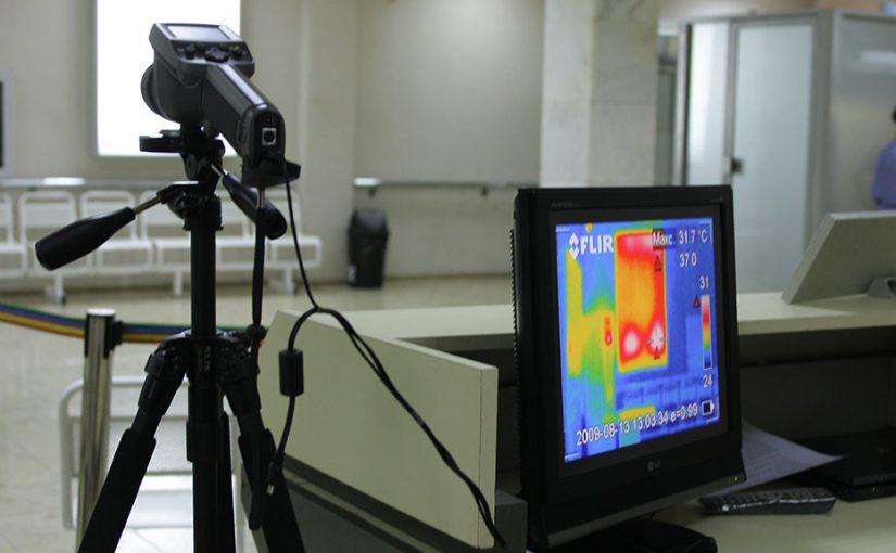 Иностранным морякам в Новороссийске измеряли температуру