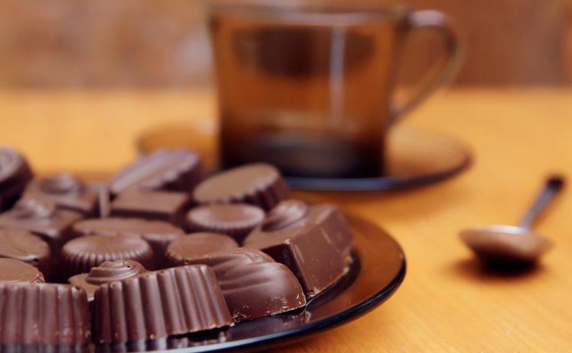 Новороссийские милиционеры оптом закупают чай, кофе и шоколадные конфеты