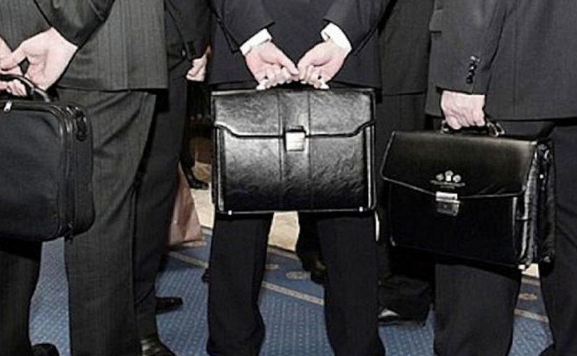 Чтобы сэкономить на персонале, новороссийская администрация потратит  больше 5 миллионов рублей