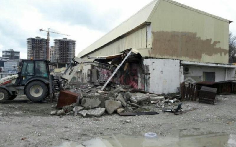 В Новороссийске выделят несколько миллионов на снос самовольных строений