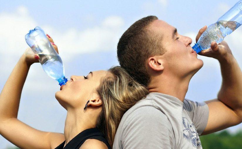 Новороссийцы в соцсетях не стеснялись в выражениях: «Три дня без воды, людям надо дать медаль за долготерпение…»