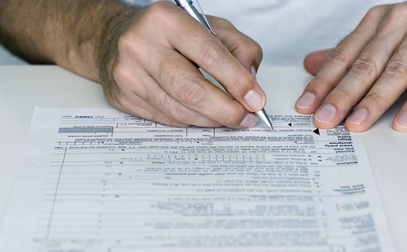 19 новороссийских чиновников не сказали всей правды о своих доходах