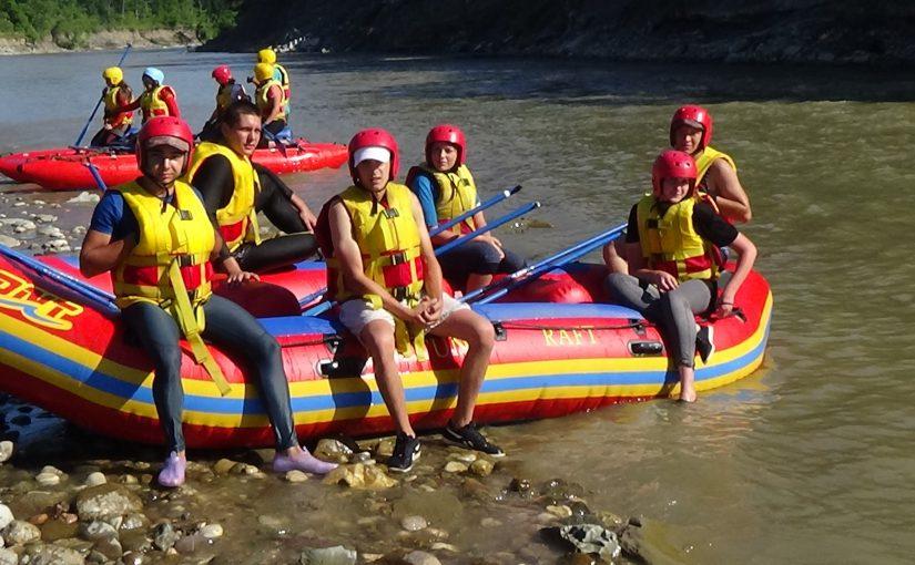 Новороссийцы тренировались на досках сплавляться по рекам и стали лучшими в крае