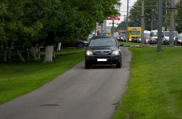 Новороссийского «мажора», гонявшего по Парковой аллее, отчислили из вуза