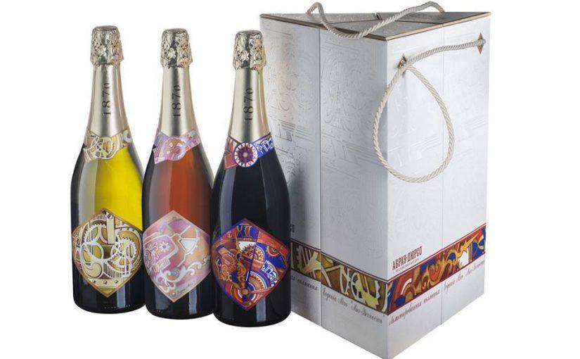 Художник с мировым именем упаковала в «вечность» новороссийское вино