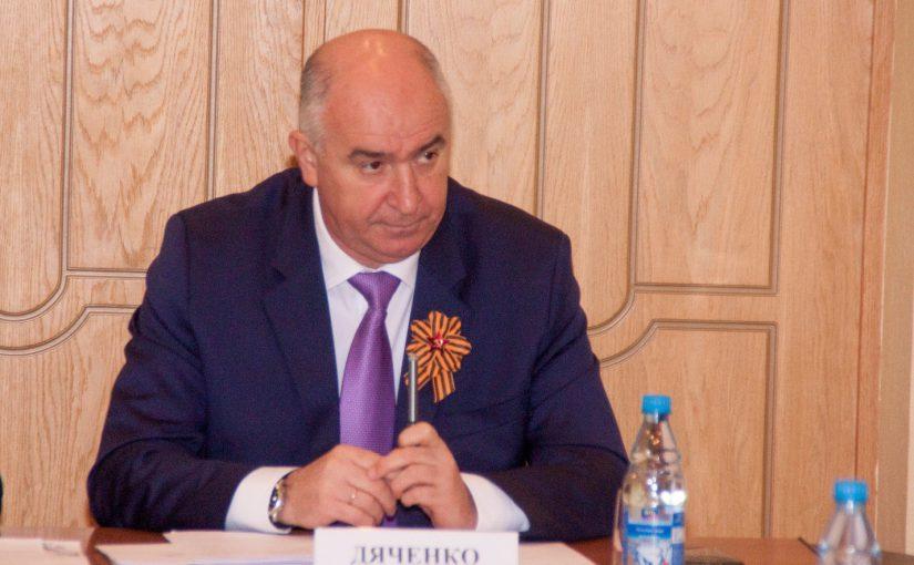 Новороссийцы больше довольны работой мэра, чем  работой депутатов