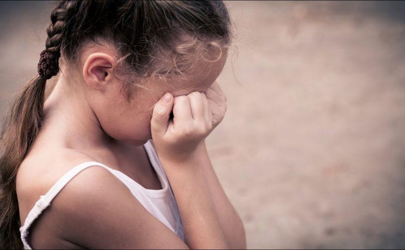 Семилетнюю девочку из Новороссийска замучил отчим
