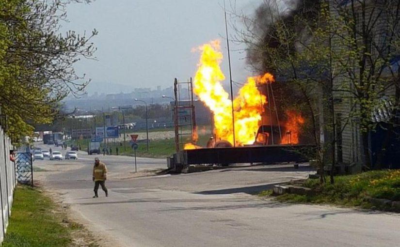 Из-за пожара на автозаправке новороссийские отличники опоздали на репетицию губернаторского бала