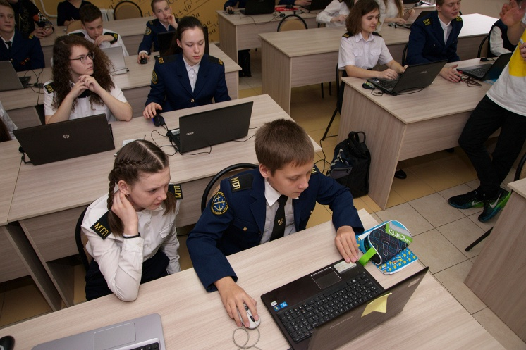 После занятий в «Кружке» новороссийские лицеисты поняли, как отстала от жизни школьная программа