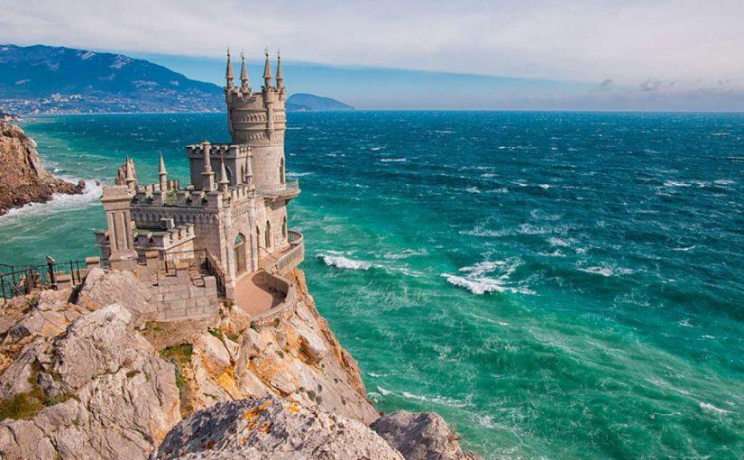 Вода из-под Новороссийска охладит Крым