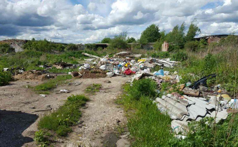 Многодетным семьям в Новороссийске выдали для строительства участки на мусорной свалке