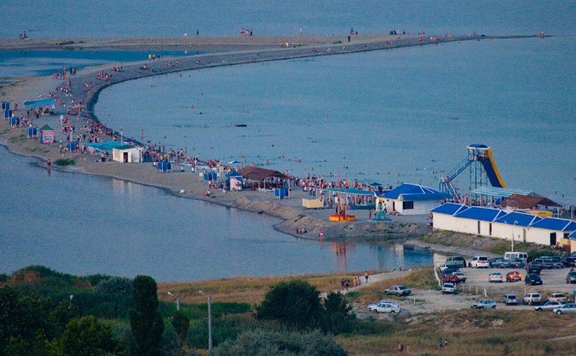 Суджукская коса в Новороссийске вошла в десятку лучших пляжей России