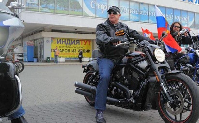 Мотоспорт научил мэра Новороссийска давать дорогу дураку