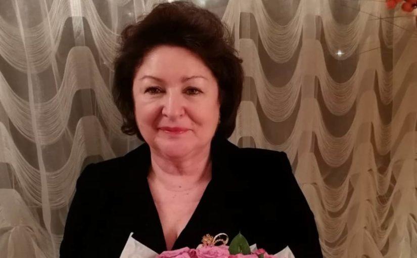 Главный терапевт Новороссийска получила к юбилею целый миллион. Благодарностей