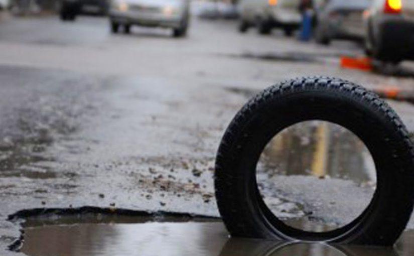 Администрация Новороссийска заплатила пятерым автомобилистам за разбитые машины на плохих муниципальных дорогах
