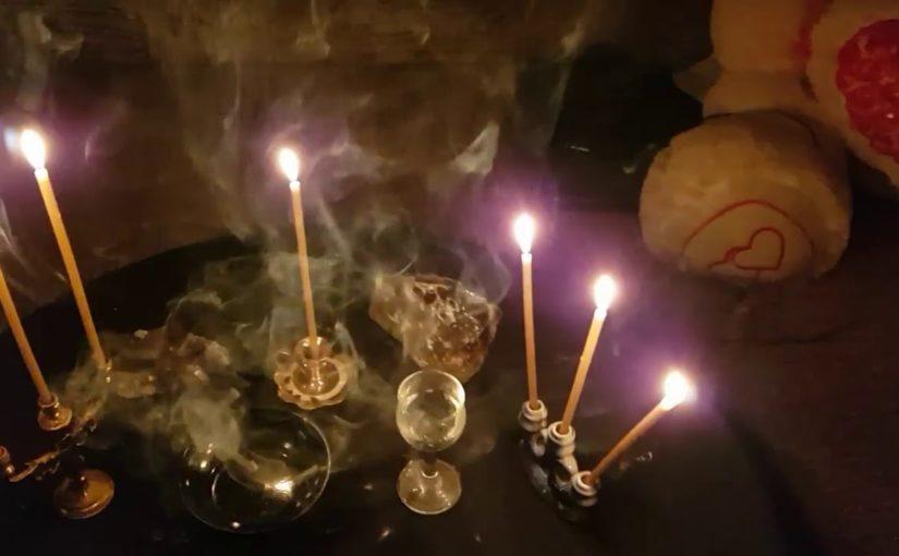 В Геленджике во время сеанса домашней магии пропали 10 тысяч рублей