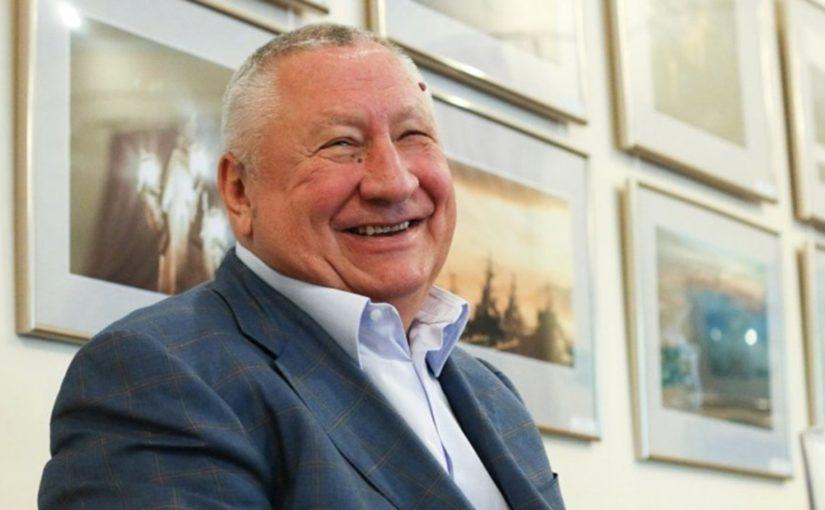 Владимир Синяговский за год стал еще состоятельнее, а его сурпуга — еще «беднее»