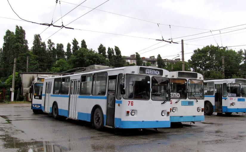 В Новороссийске продают 6 «пожилых» троллейбусов с огромным пробегом — недорого