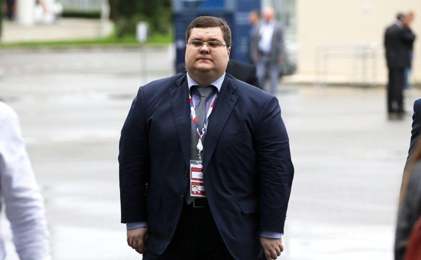 Сын генпрокурора Чайки в Новороссийске заработал 18 млн. руб. — это начало его бизнес-империи