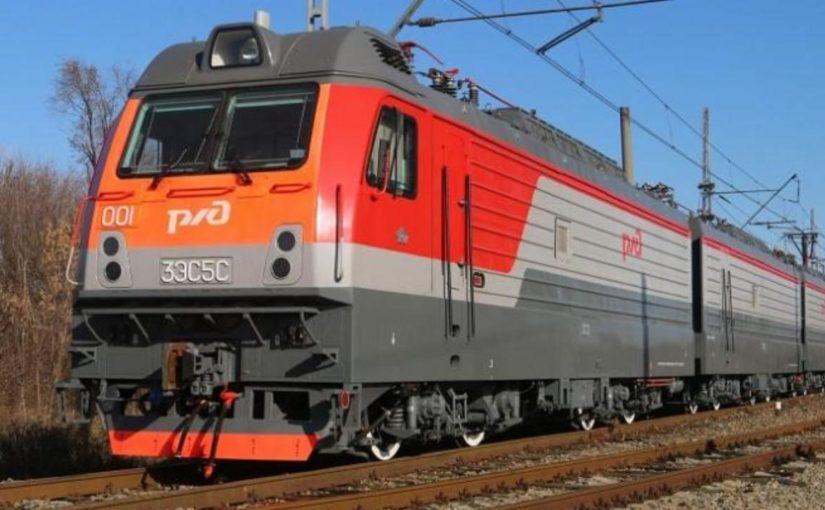В Новороссийске испытали «умный» локомотив для тяжелых поездов