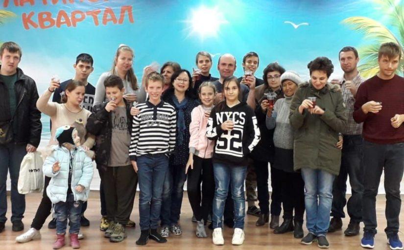 В Новороссийске дебютировал театр, где играют «особые» дети