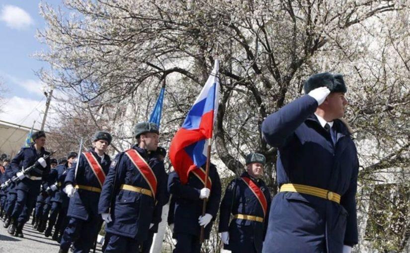 В Новороссийске в честь 105 — летия ветерану устроили отдельный парад