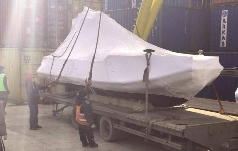 Из Новороссийска в Африку отправили катера из полиэтилена