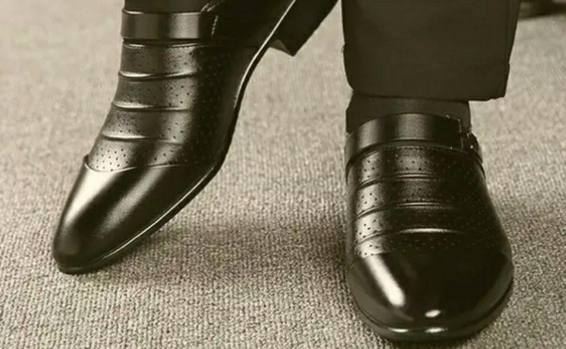 Начальству морского порта в Новороссийске выдали 15 пар ботинок